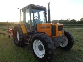 tracteur Renault 103-54
