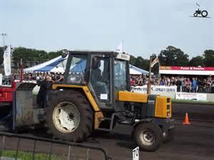 tracteur Renault 75-12 TS