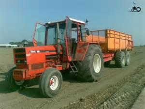 tracteur Renault 891