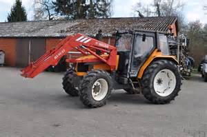 tracteur Renault CERES 95