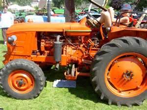 tracteur Renault N71