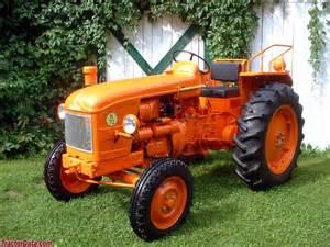 tracteur Renault N72