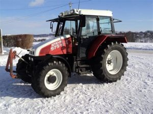 tracteur Steyr M 975
