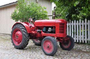 tracteur Volvo T40