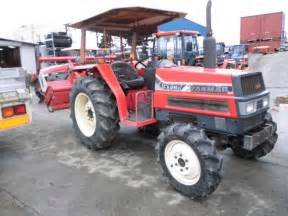 tracteur Yanmar AF328