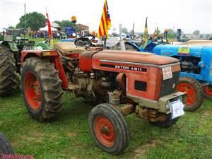 tracteur Zetor 4945