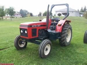 tracteur Zetor 5211