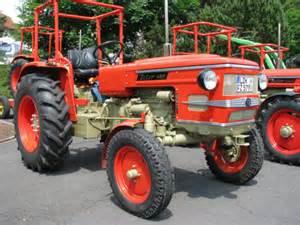 tracteur Zetor 5911