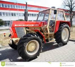 tracteur Zetor 7245