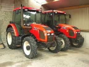 tracteur Zetor 7441