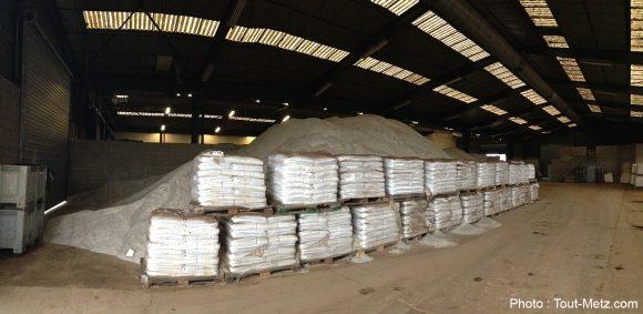 Une partie du sel stockée par les services de la ville.