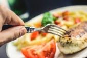 Metz : des cartes sonores dans plusieurs restaurants pour aider les malvoyants