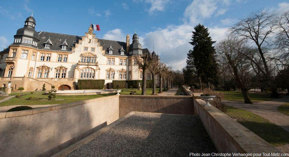 Palais du gouverneur metz photos for Au jardin du gouverneur