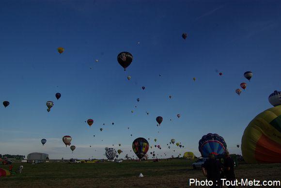 montgolfiere-LMAB-2015-chambley1100--IMGP1879
