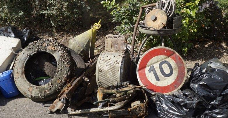 Photo of Metz : vélo Indigo Weel, machine à laver, micro-ondes… les trouvailles au fond du canal de Jouy