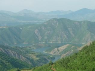 La vallée noyée sur laquelle on va naviguer