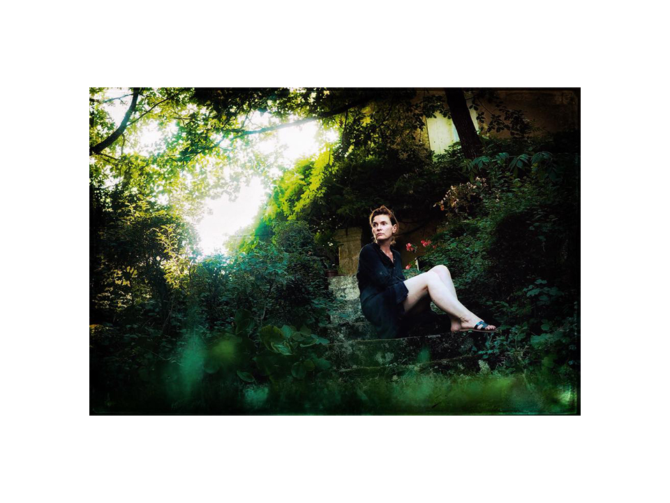 Photographie auto portrait anglais de et par Anna Yurienen Gallego artiste photographe