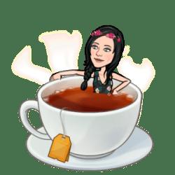 fille dans tasse de thé