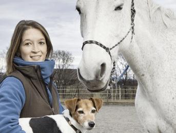 Cindy Mollard, ostéopathe pour animaux