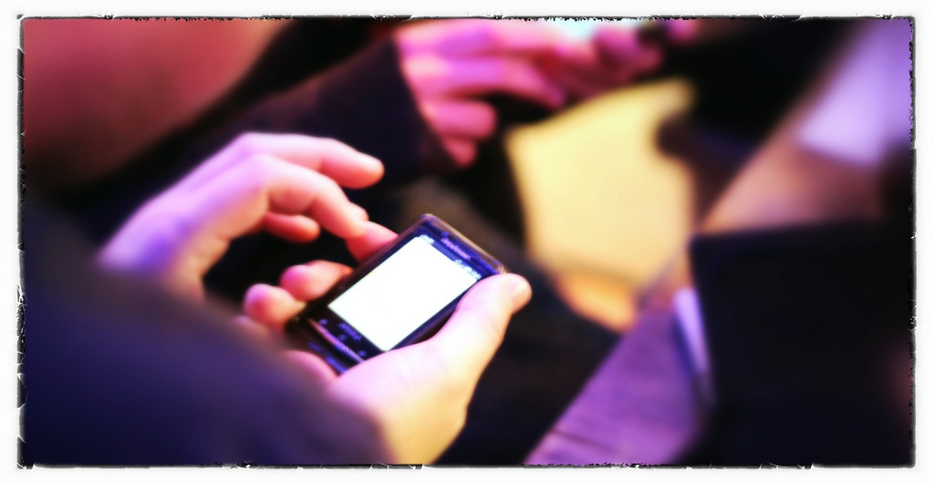 Et af de fem bud til at skabe et godt spørgeskema handler om at gøre spørgeskemaet tilgængeligt, også for besvarelser via mobiltelefonen.