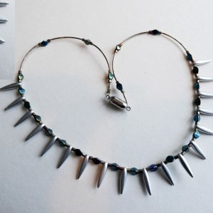 Meryl Lusher Toothed tila bead necklace