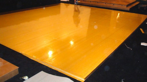 Hi-gloss-pine-color-wooden-dance-floor