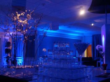 mood lighting, glass pyramid, event lighting