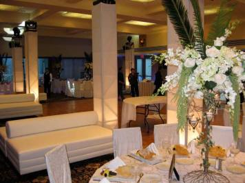 white event lounge decor