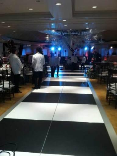 Black-White-Dance-Floor