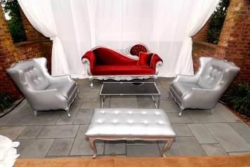 Havana-Privacy-Booth-Victorian-Furniture-Rental