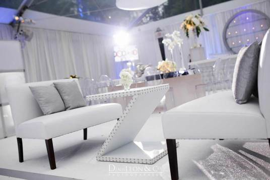 Z-Tables-Lounge-Furniture-with-white-couches