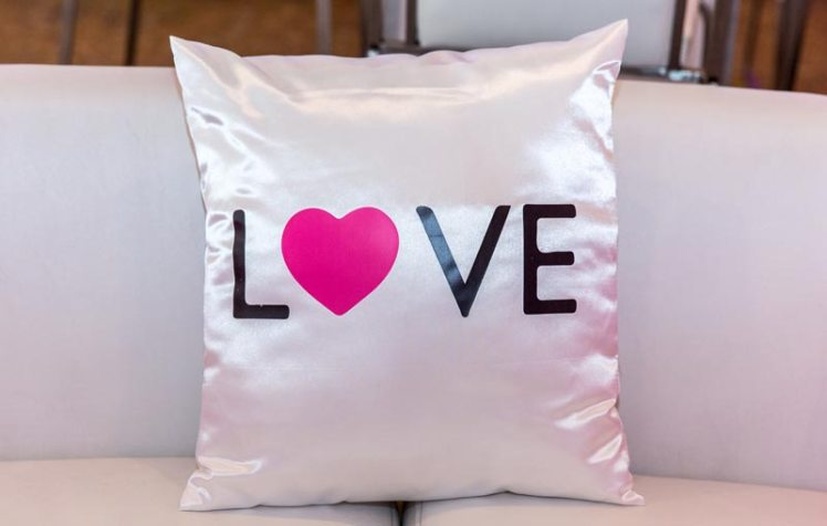 custom-pillow-for-bat-mitzvah