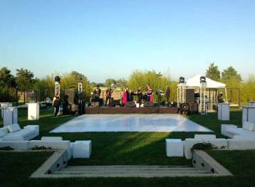 Outdoor-Event-Production-White-Lounge-Decor-Glow-Cubes-Dance-Floor-Truss-Lighting-and-Stage