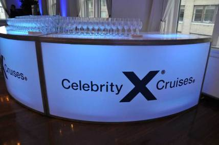 Celebrity-Cruise-Corporate-Event-round-bar-with-logo-sticker