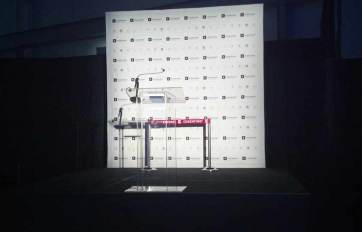 Cosentina-Corporate-Event-Podium