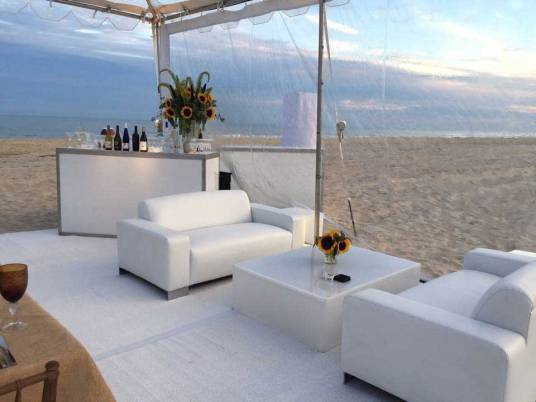 6ft-sofas-on-the-beach