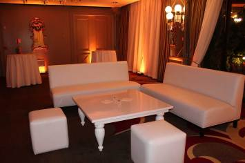 white-coffee-table-white-lounge-furniture