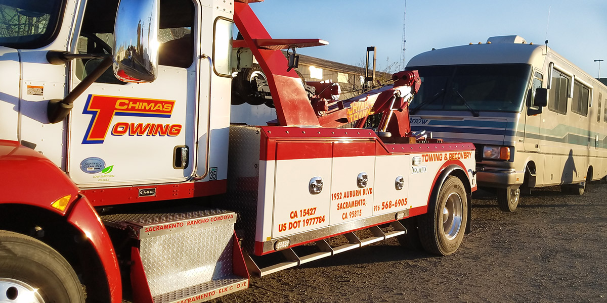 Motor home tow truck