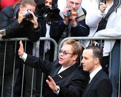 Elton_wedding_2