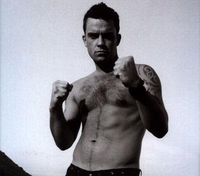 Robbie_williams_shirtless