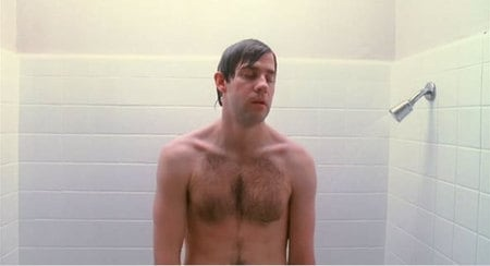 John_krasinski_shirtless_1