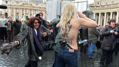 Femen2
