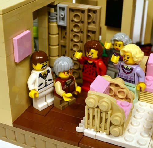 Lego-golden-girls-4