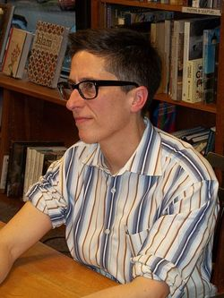 450px-Alison_Bechdel_at_Politics_and_Prose