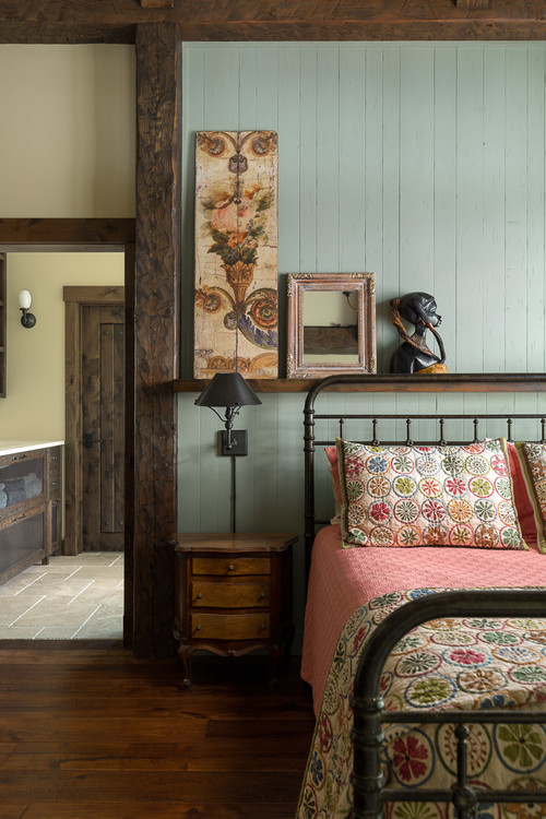 A seasonal twist for the cosiest of beds. Warm and Cozy Bedrooms to Snuggle Up In - Town & Country