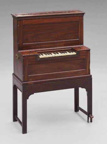 small chamber organ