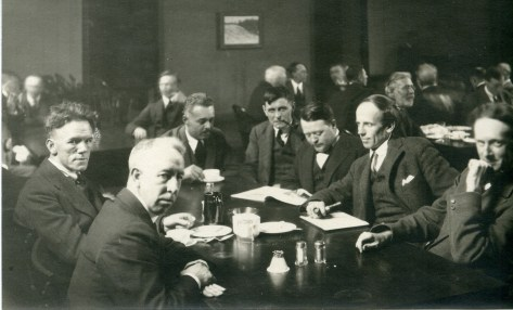 Group-of-seven-artists