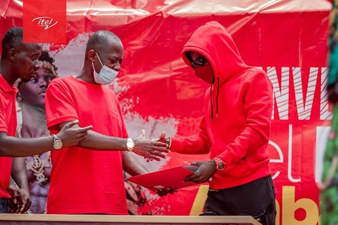 Contract Renewed: Kuami Eugene Signs As Brand Ambassador For Itel Ghana, Togo, Burkina Faso & Ivory Coast: See PHOTOS from the event | Townflex