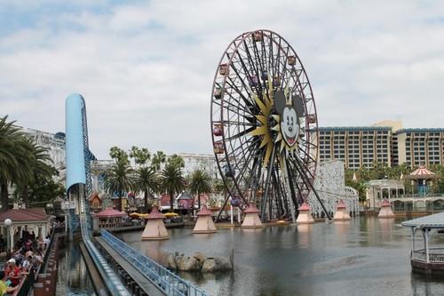 加州冒險樂園 Disney California Adventure Park 美國城鎮旅遊網