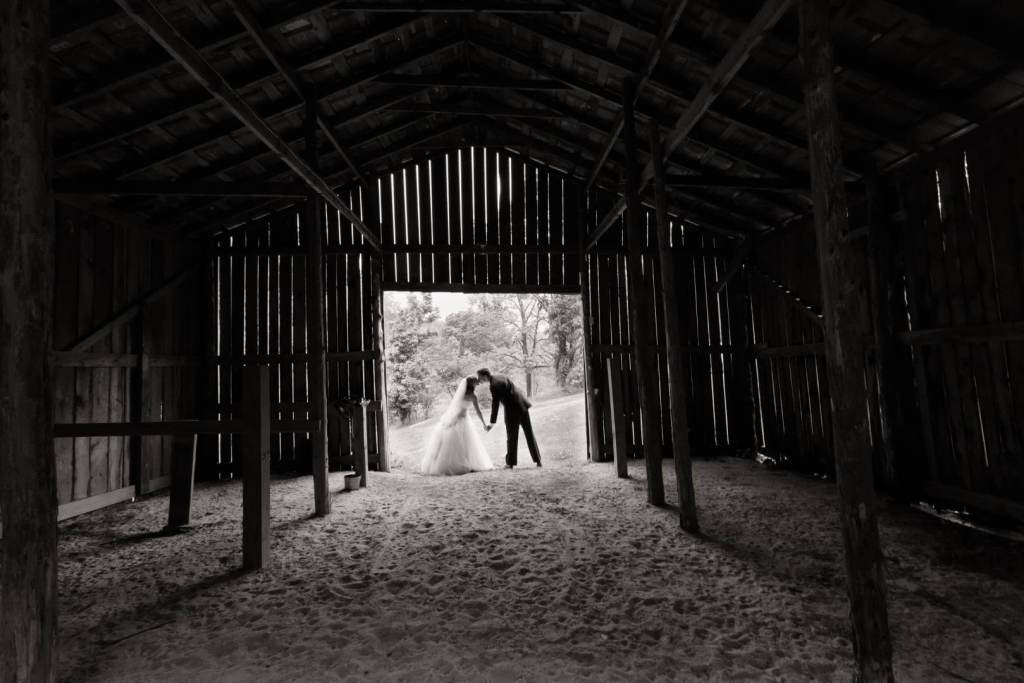 View More: http://handmadephotography.pass.us/2013suttonwedding